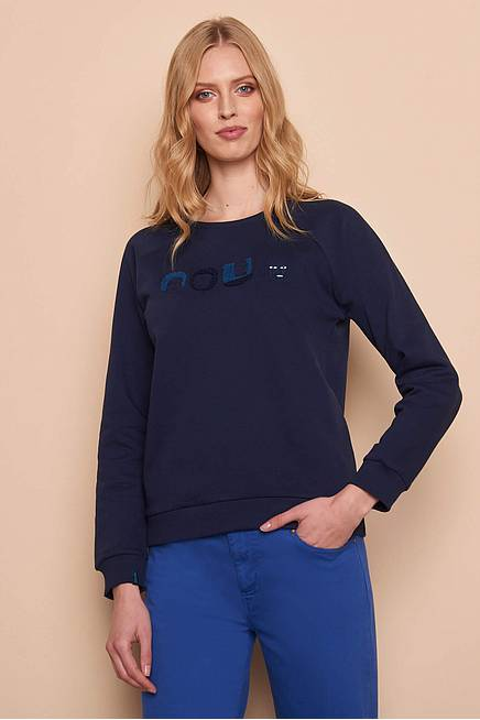 Sweater      navy faces